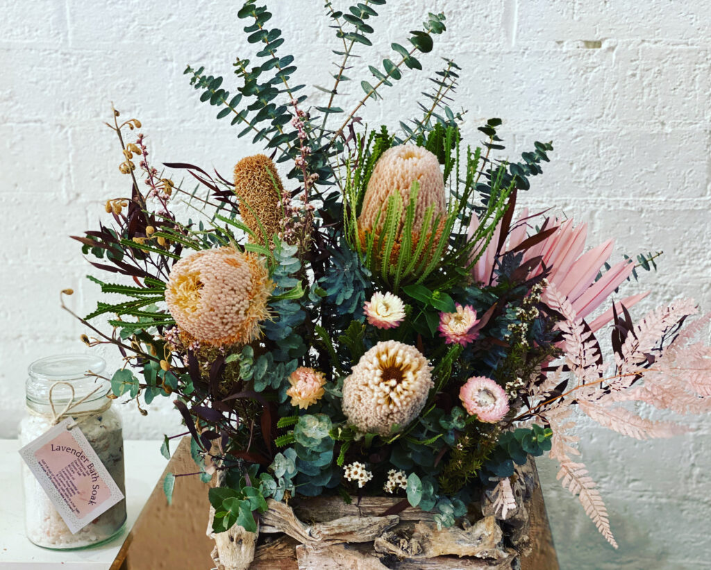 Floral Trends Dried And Preserved Flowers Beks Bloomz Florist Goulburn